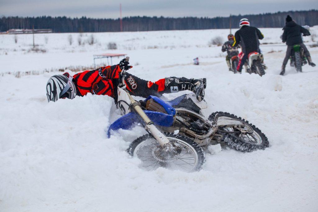 Фото Падение на мотоцикле