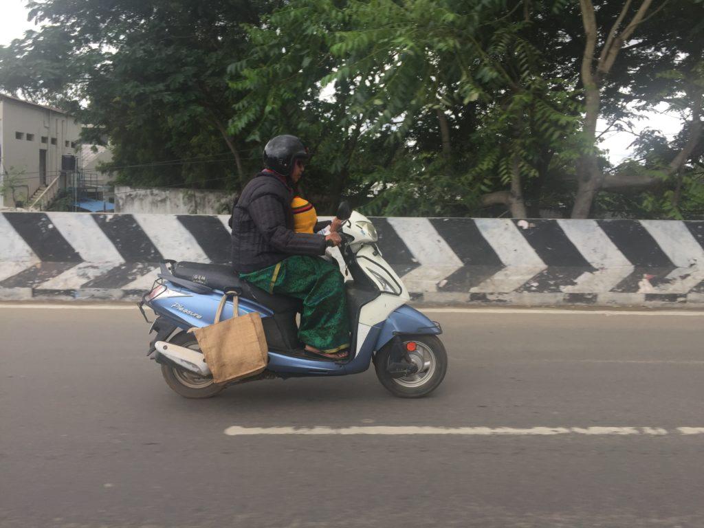 Мото на дорогах Индии