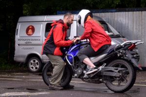 Правильная посадка намотоцикле — залог быстрого обучения